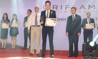 Oriflame Việt Nam được trao giải thưởng Tin & Dùng 2017