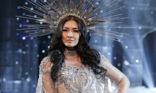 'Chị đại' Lukkade hoá nữ thần, bất ngờ xuất hiện chúc mừng Chung Thanh Phong