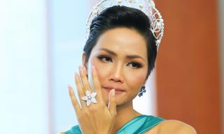 Tân Hoa hậu Hoàn vũ H'Hen Niê nói về việc khóa Facebook và tin đồn nợ nần trước khi đăng quang
