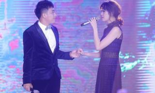 Trấn Thành - Hari Won 'đốn tim' fan với màn song ca tình tứ trong đám cưới em gái