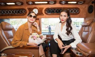 Hoa hậu hoàn vũ 2015 Pia Wurtzbach đọ sắc cùng Lan Khuê tại sân bay Tân Sơn Nhất