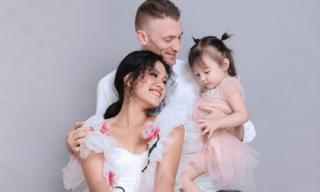 Phương Vy tung bộ ảnh gia đình đẹp như mơ