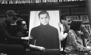 Hoa hậu H'Hen Niê khóc nức nở khi tiễn đưa stylist Mì Gói về nơi an nghỉ cuối cùng