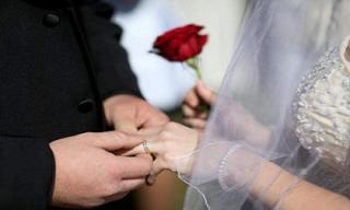 Nghiên cứu chứng minh càng dành nhiều tiền cho lễ cưới nguy cơ ly hôn càng cao