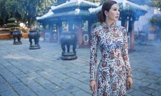 Hoa hậu Thu Hoài nền nã sang trọng khơi gợi nét hoài cổ xưa với tà áo dài Việt