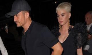Katy Perry lên đồ gợi cảm, công khai đến ủng hộ Orlando Bloom sau khi xác nhận chuyện tái hợp