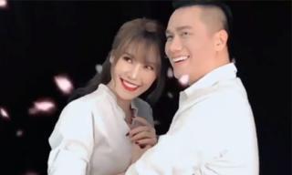 Không chịu dừng lại, Quế Vân đăng video chụp hình 'tình bể bình' cùng với Việt Anh