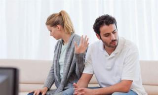 Biết chồng đi mua xe cho em gái nhưng giấu diếm, người vợ hỏi phủ đầu nhưng lại nhận được câu trả lời bất ngờ