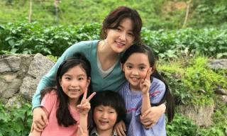 Lee Young Ae trẻ đẹp bất chấp tuổi tác trên phim trường bộ phim đánh dấu 13 năm quay trở lại màn ảnh rộng