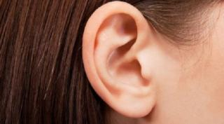 Chỉ với 30 giây massage tai mỗi ngày giúp bạn đẩy hết độc tố trong hệ tiêu hóa