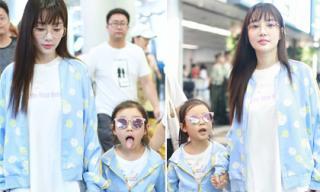 Trước tin đồn tái hợp chồng sau scandal ngoại tình, Lý Tiểu Lộ xuất hiện tươi tắn cùng con gái tại sân bay