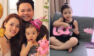Bẵng đi một thời gian, con gái Trang Nhung lớn phổng pháo, vừa ôm đàn vừa hát siêu đáng yêu