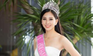 Hoa hậu Trần Tiểu Vy chính thức mất tiếng vì... nói nhiều
