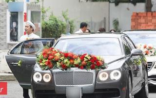 Xe sang 10 tỷ của John Tuấn Nguyễn trong lễ đính hôn của Lan Khuê là xe gì?