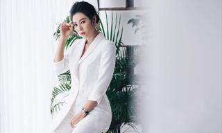 Diễn viên Thanh Hương diện vest trắng cách điệu với biểu cảm đầy nghiêm túc