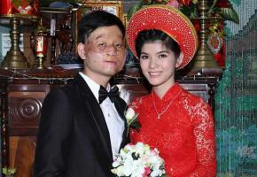 Sau 4 năm kết hôn, cặp đôi 'chồng cú - vợ tiên' từng gây sốt MXH bây giờ ra sao?