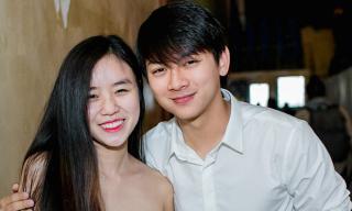 Sau một tháng giải nghệ, bạn gái Hoài Lâm bất ngờ công khai chia sẻ khoảnh khắc tình cảm bên nam ca sĩ