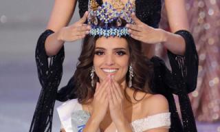 Xem lại khoảnh khắc đăng quang đầy cảm xúc của Tân Hoa hậu Thế giới 2018