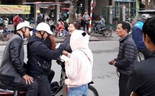 Choáng với mức giá vé xem trận Việt Nam - Malaysia được rao bán ở 'chợ đen'