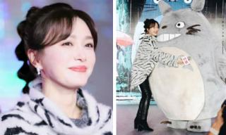 """""""Phú Sát Hoàng hậu"""" Tần Lan cột tóc bong bóng, nhí nhảnh bên nhân vật hoạt hình Totoro"""