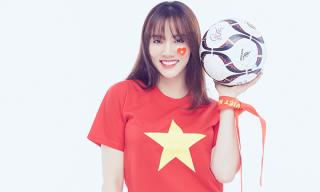 Trang Nhung khoe dáng nuột nà như thuở son rỗi cổ vũ đội tuyển Việt Nam