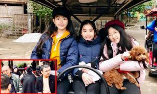 Vợ chồng Quyền Linh và gia đình Hồng Vân đi du lịch nhưng ai cũng chỉ chú ý đến 3 cô gái này!