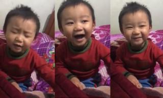 Bé trai 3 tuổi 'đốn tim' dân mạng với bản cover cực hay ca khúc miền Trung