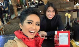 Chân dung trợ lí điển trai như tài tử điện ảnh của Hoa hậu H'Hen Niê