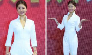 Bị đồn bầu bí lần 2, Lâm Tâm Như tự tin mặc jumpsuit trắng khoe thân hình gọn gàng