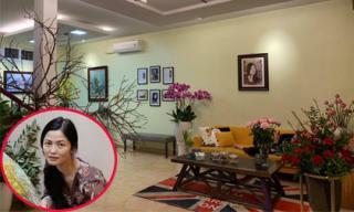 Không gian ngập tràn sắc hoa ngày Tết bên trong nhà diễn viên Thúy Hà