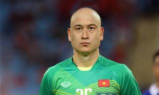 Khi các cầu thủ ĐT Việt Nam bị... trọc đầu