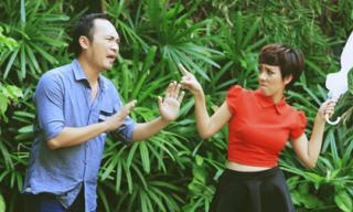 Chồng Thu Trang ôm hôn 'xối xả' khi vợ ghen