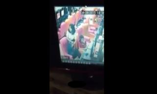Cô gái xinh đẹp lấy thân đỡ đòn cho bạn trai bị đánh hội đồng