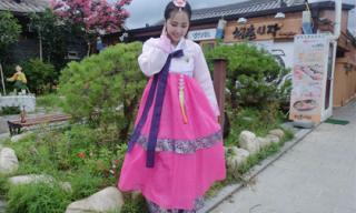 Quỳnh Nga xinh đẹp rạng ngời khi diện Hanbok