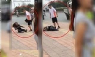 Chồng đánh vợ tới tấp giữa phố vì phát hiện ngoại tình