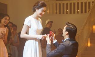 Đặng Thu Thảo được bạn trai quỳ gối 'cầu hôn'