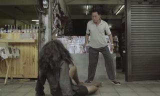 Video 'Người ăn mày và ông chủ cửa hàng' khiến bạn phải rơi nước mắt