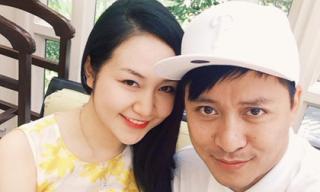 Vợ chồng Tuấn Hưng dính nghi án trục trặc khi cùng đăng status tâm trạng