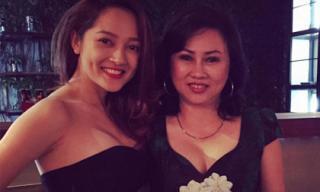 Bảo Anh khoe mẹ trẻ đẹp như chị gái trong tiệc sinh nhật