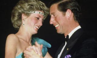 17 hình ảnh tuyệt đẹp và hiếm hoi về Công nương Diana.
