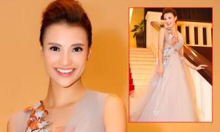 Hồng Quế gợi cảm với váy voan không nội y