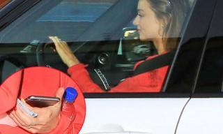 Miranda Kerr dính tin đồn đính hôn với người tình tỷ phú kém tuổi