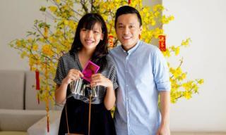 Lam Trường trẻ trung vui Tết bên người thân