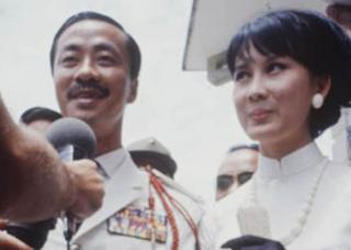 Ngắm cặp mẹ con mỹ nhân số 1 Việt Nam