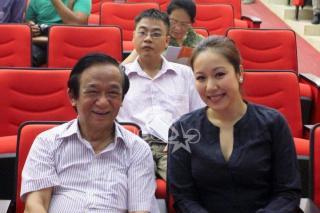 Ngô Phương Lan rạng rỡ cạnh GS.TS Nguyễn Lân Dũng