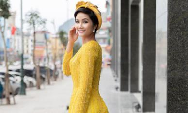 H'Hen Niê lại khiến dân mạng xao xuyến khi tung loạt ảnh mới với áo dài