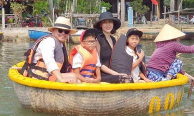 Hà Kiều Anh cùng gia đình đi nghỉ cuối tuần ở quê ngoại Hội An - Đà Nẵng
