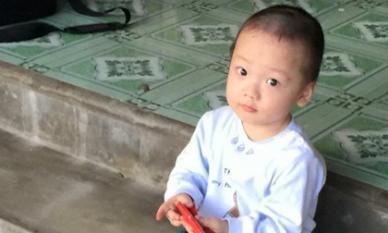 Sau 3 năm mẹ mất, bé Gấu - con trai thiếu úy Đậu Thị Huyền Trâm bây giờ ra sao?