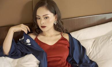 Không kém chị nhường em, Lan Phương chính thức nhập hội mĩ nữ yêu kiều trong phòng tắm