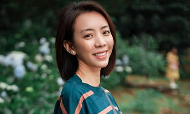 Không váy áo, không giày cao gót, 'Chị Mười Ba' Thu Trang khoe mặt mộc giản dị